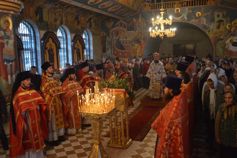 Архиерейское богослужение в Димитриевском храме с. Скородное