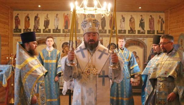 Архиерейское богослужение в храме Святителя Луки Крымского в селе Чуево