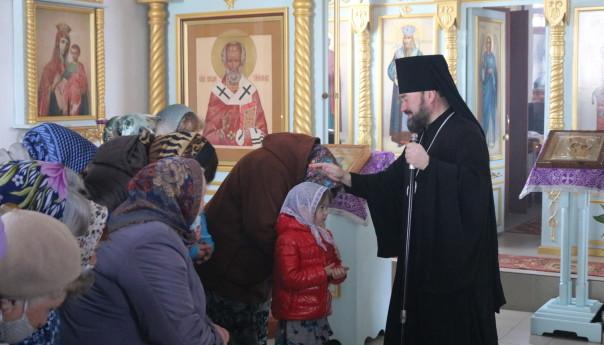 Архиерейское богослужение в Покровском храме с. Бобровы Дворы