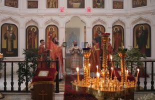 Архиерейское богослужение в Михайло-Архангельском храме с. Архангельское